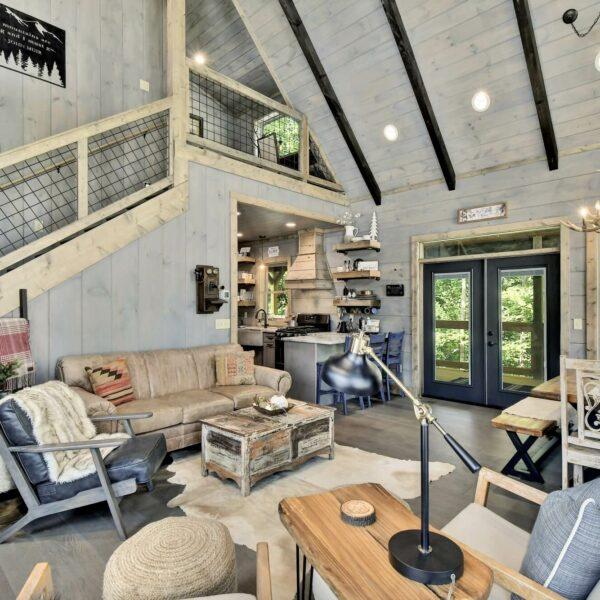Oakleys Mountain Modern Lodge 039