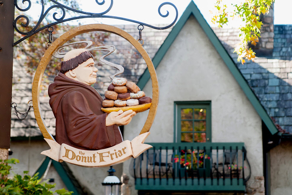 4 of the Best Donut Shops in the Smoky Mountains